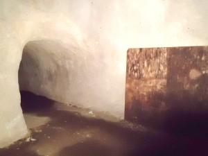 赤山地下壕の閉鎖部分