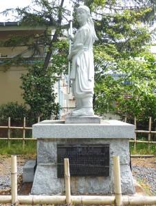 中野竹子像