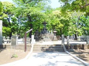 上野彰義隊の墓
