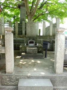 阿弥陀寺の藤田家の墓
