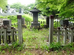 林権助安定墓所