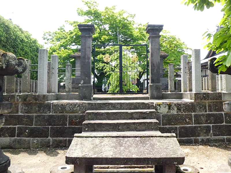 To KAZUSA阿弥陀寺[2]戊辰戦争殉難者墳墓