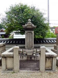 伏見奉行林忠交の墓