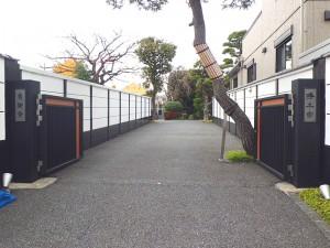 貞源寺の門