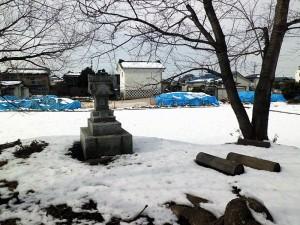 井川城跡の祠