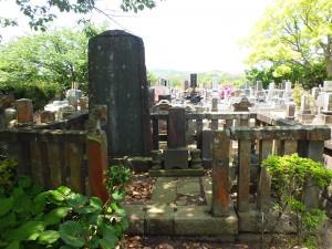 佐倉藩士小谷金十郎と三浦蔵司の墓