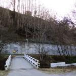 高遠城三ノ丸背後の新館橋