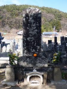 諏訪御料人の墓