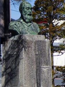 小鹿野町長田嶋唯一の胸像