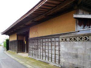 西小笹の長屋門